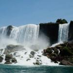 American Falls från floden