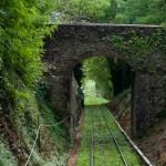 Spår genom tunnel