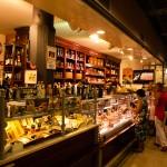 Köpmannastånd i saluhallen Mercato di San Lorenzo