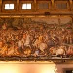 Fresk på väggen i De Femhundrades Sal